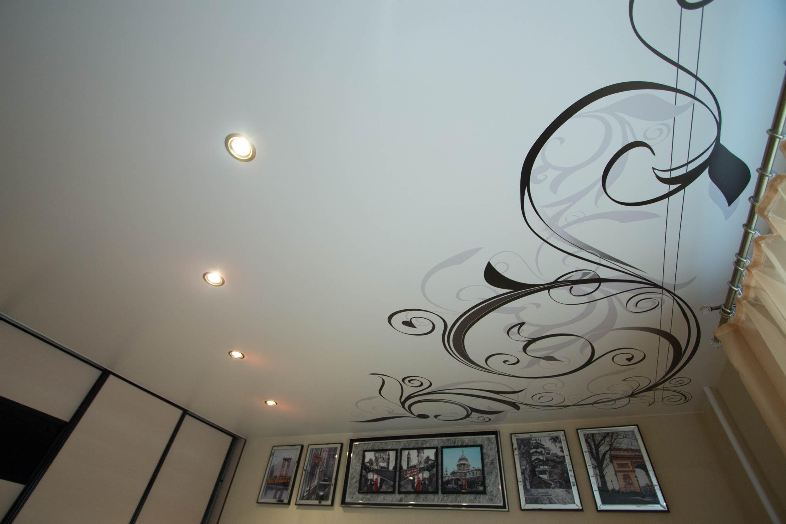 мужчины обращают натяжные потолки фото с рисунком кстово как этими
